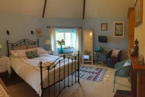 airbnb-room2-relaxing-retreat
